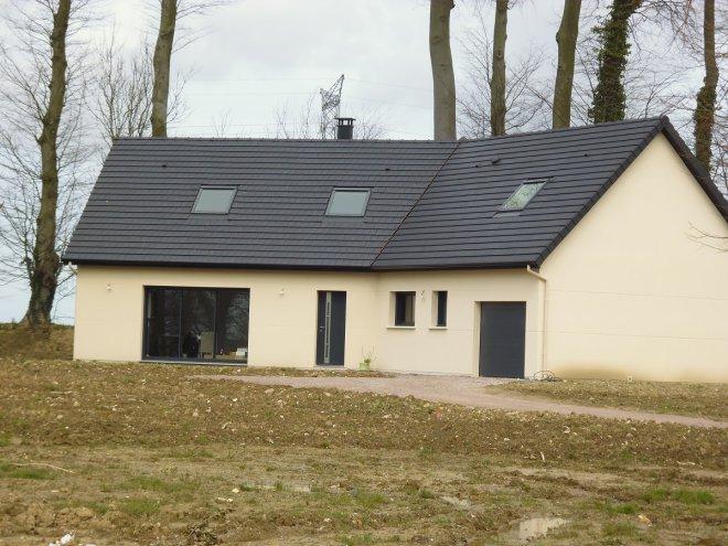 Maison à étage  Saint-Laurent-de-Brévedent  (76)