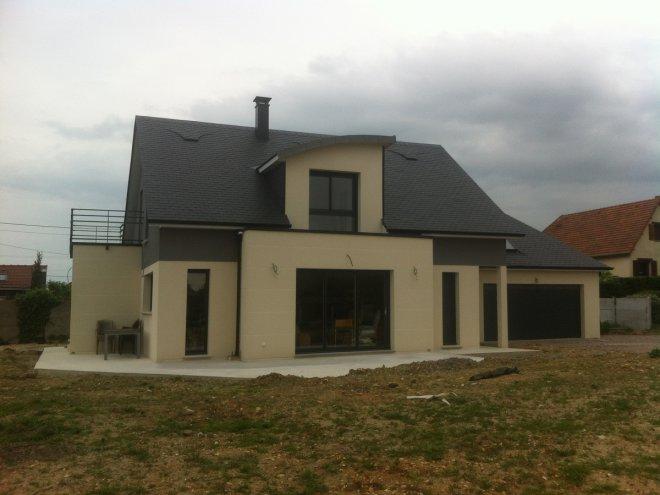 Maison à étage  Neuville-lès-Dieppe  (76)