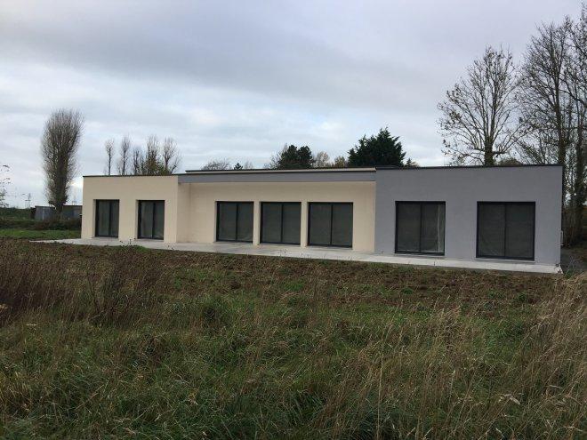 Maison de plain pied  Saint-Riquier-ès-Plains  (76)